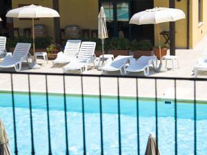 piscina casale del conero