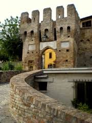 Agugliano: Castel d'Emilio